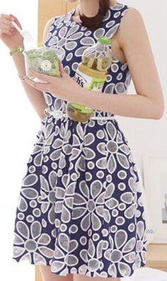 0f36e6d8d6 Fun print! Embroidery sleeveless lace dress 937