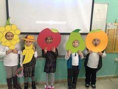 Kindergarten Art Projects, Kindergarten Activities, Activities For Kids, Preschool Classroom, Classroom Decor, Kids Crafts, Vegetable Crafts, Fruit Costumes, Fruit Crafts
