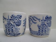 2 x Old and Beautiful ceramic Pottery Egg Cups - Willow Pattern White and Blue
