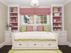 Как оформить маленькую спальню: 10 эффективных приемов
