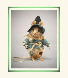 R John Wright Wizard of Oz - Scarecrow Mouse