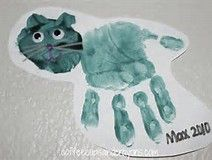 Handprint Kid Crafts for Halloween - Coffee Cups and Crayons Daycare Crafts, Cat Crafts, Toddler Crafts, Arts And Crafts, Daycare Ideas, Kids Crafts, Halloween Week, Halloween Crafts For Kids, C Is For Cat