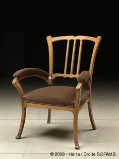 Herman Miller Aeron Chair B Eclectic Furniture, Accent Furniture, Vintage Furniture, Furniture Design, Design Art Nouveau, Metal Chairs, Black Chairs, High Chairs, Art Nouveau Furniture