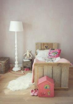 lovely little bed for kids