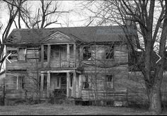 Abandoned home in Illinois.