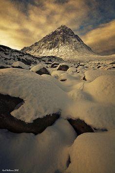 Winter's Blanket | Buachaille Etive Mor from the River Coupal in Glen Etive, Scotland