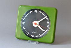 Vintage Uhr Wanduhr Küchenuhr Krups grün 70er