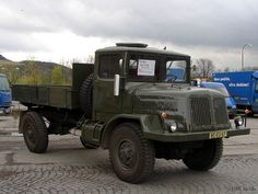 Tatra T128 Heavy Equipment, Old Cars, Motor Car, Cars And Motorcycles, Military Vehicles, Techno, Jeep, Transportation, Automobile