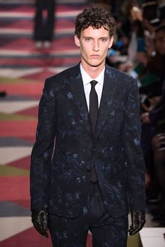 53- Valentino Fall/Winter 2015/2016 Collection