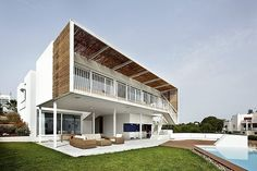 Cala d'Or by Flexo Arquitectura