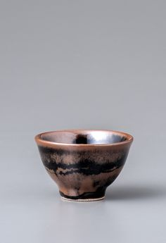 Yoshinori Hagiwara, Sake cup, kaki and black glazes with wax resist decoration, Stoneware, 1.75 x 2.75 x 2.75, YH464