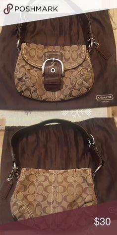 Coach handbag!! Coach handbag! Good condition.Smoke free and pet free home. Make me and offer!! Coach Bags Shoulder Bags