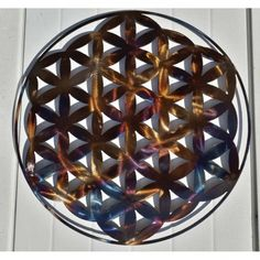 Feng Shui, Decoration Originale, Plasma Cutting, Flower Of Life, Metal Art, Wall Design, Primary Colors, Wall Art Decor, Decorative Bowls