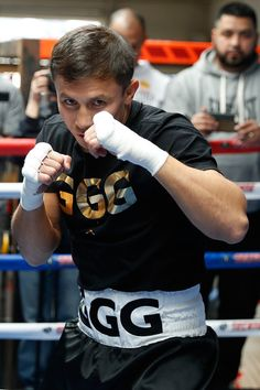 """Gennady """"GGG"""" Golovkin Photos - Gennady """"GGG"""" Golovkin works out at the Wild Card Boxing Club in Santa Monica California February 8 - Gennady Golovkin Media Workout Action Pose Reference, Pose Reference Photo, Action Poses, Ggg Boxing, Boxing Club, Fighter Workout, Boxing Trunks, Boxing Images, Gennady Golovkin"""