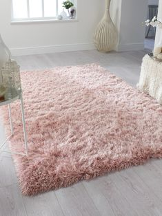 Dazzle Thick Silky Shiny Shimmer Shaggy Rug Very Soft Carpet Blush Pink) Pink Carpet, Brown Carpet, Beige Carpet, Living Room Carpet, Rugs In Living Room, Bedroom Rugs, Girls Rugs, Carpet Design, Decorating Rooms