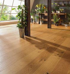 Parkettboden aus Echtholz: rustikaler Charme verschönert Ihre vier Wände