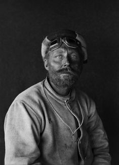 Herbert G. Ponting Portrait of C.H. Meares on his return from the Barrier January 1912