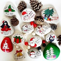 Marvelous 25 Beautiful Christmas Rock Painting Ideas https://ideacoration.co/2017/11/04/25-beautiful-christmas-rock-painting-ideas/ With a couple of inexpensive supplies you will be making jewelry out of potatoes in no moment.