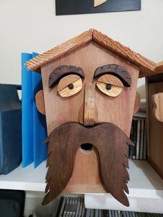 Homemade Bird Houses, Homemade Bird Feeders, Wood Log Crafts, Rustic Crafts, Bird House Plans, Bird House Kits, Bird Houses Painted, Bird Houses Diy, Scrap Wood Art