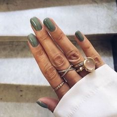 10 Looks For Prom Nails That You Should Be Trying 10 procura unhas de baile que você deveria experimentar – Acrylic Nails Natural, Natural Nails, Fall Gel Nails, Spring Nails, Fall Manicure, Autumn Nails, Cute Nails, Pretty Nails, Fall Nail Colors