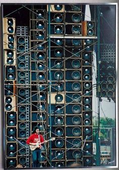 20 Amazing Vintage Photos of the Grateful Dead's Wall of Sound, 1974 ~ vintage everyday Woodstock, Wall Of Sound, Guitar Rig, Guitar Chords, Dead And Company, Audio Engineer, Rockn Roll, Forever Grateful, Grateful Dead