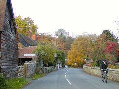 Google Image Result for http://www.transportcafe.co.uk/image15/stretton_all_autumn_2003_1024.jpg