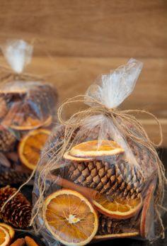 Diy Christmas Gifts, Rustic Christmas, Handmade Christmas, Holiday Crafts, Christmas Holidays, Christmas Decorations, Christmas Ornament, Xmas, Homemade Potpourri