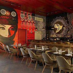 Restaurante Wynwood Kitchen & Bar, em Miami, Florida, EUA. Projeto de James Samson Interiors. #restaurant #restaurante #sentidos #sense #artes #arts #art #arte #decor #decoração #architecturelover #architecture #arquitetura #design #interior #interiores #projetocompartilhar #davidguerra #shareproject #wkb #wynwood #wynwoodkitchen #miami #florida #eua #unitedstates #estadosunidos #jamessamson