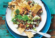 Donna Hay's not-so-naughty turkey and black bean nachos