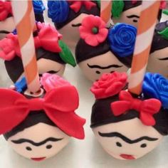 Frida Kahlo Cake Pops