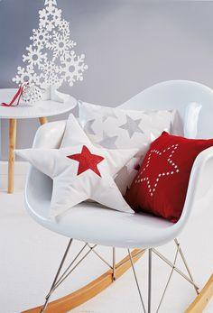 Je customise mes coussins avec des étoiles!