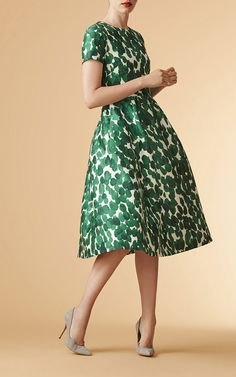 Shop Short Sleeve A Line Dress. This **Carolina Herrera** dress features a jeweled neckline, a fitted waistband with belt detailing and a fluid midi skirt. Elegant Dresses, Beautiful Dresses, Nice Dresses, Dress For You, I Dress, Dress Body Type, Mode Chic, Green Dress, Day Dresses