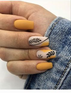 Nail Ideas Discover 17 Colorful Yellow Nail Arts That You Should Look At And Try To make your yellow nail art design look more special you can also incorporate some patterns like strips polka dots leopard prints and zebra prints into your nails. Colored Acrylic Nails, Best Acrylic Nails, Summer Acrylic Nails, Acrylic Nail Designs, Spring Nails, Nail Art Designs, Summer Nails, Gel Manicure Designs, Fall Gel Nails