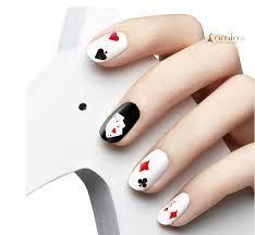 Poker nail art
