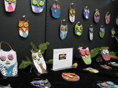 Art Room with a View: 2nd grade and up ceramic clay owls art lesson project