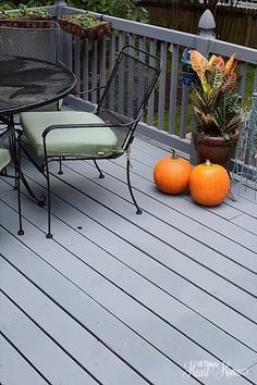 Behr Deckover is a life saver! We were just about to replace our worn out deck but we tried deck over first.the transformation was amazing! Behr Deck Over Colors, Deck Stain Colors, Deck Colors, Colours, Grey Deck Paint, Gray Deck, Outdoor Deck Decorating, Outdoor Decor, Outdoor Spaces