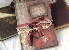 Christmas Wedding Guest Book - Christmas past theme - 24 pages