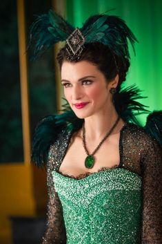 Evanora (Rachel Weisz) sports feather epaulets in Oz the Great and Powerful.