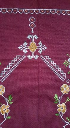 Embroidery Patterns Free, Embroidery Stitches, Cross Stitch Patterns, Palestinian Embroidery, Prayer Rug, Needlework, Diy And Crafts, Projects To Try, Holiday Decor
