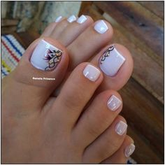 115 pretty nails light up on your fingertips to give you a cool summer 41 French Pedicure, Pedicure Nail Art, Nail Manicure, Toe Nail Color, Toe Nail Art, Nail Colors, Pretty Toe Nails, Cute Toe Nails, Pedicure Designs
