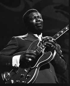 One of the most influential styles of American music, the Blues is a living tradition with multiple regional styles. Blues Music, Kinds Of Music, Rock N Roll, Che Guevara, Musicals, Music Instruments, Tumblr, Social Media, American
