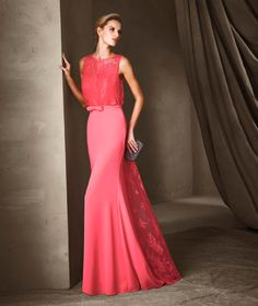 CINZIA - Vestido largo con dibujo de encaje Pronovias