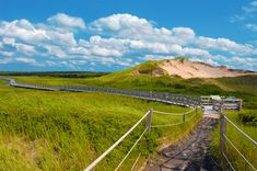 25 of the Best Hiking Trails on Prince Edward Island - Explore Magazine Prince Edward Island, Red Sand Beach, East Coast Travel, Canada Travel, Canada Trip, Anne Of Green Gables, Famous Places, Island Beach, Beautiful Islands