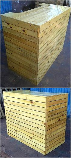 There are people who own a bar and they invest a huge amount of money to set it, so here is a recycled wood pallet bar idea which can be copied to save the money. The bar is not looking as created at home and it is looking nice.
