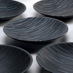 Artist: Angela Burkhardt-Guallini / Source: Swiss Ceramics