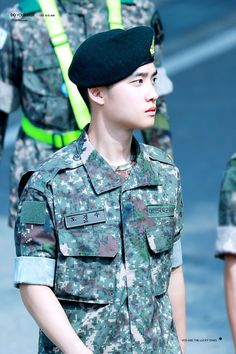 EXO D.O in his military duties 190817 Chen, Baekhyun Chanyeol, D O Exo, Kai, Exo For Life, Kdrama, Luhan And Kris, Exo Official, Exo Lockscreen