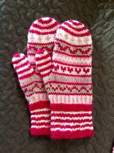 Knitted mittens | Novita 7 veljestä
