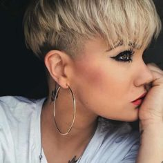 Short Hairstyles 2018 Women S Ndash 16 Frisyrer Shaved Hair Popular Short Hairstyles, Short Pixie Haircuts, Pixie Hairstyles, Trendy Hairstyles, Short Hair Cuts, Hairstyles 2018, Shaved Hairstyles, Pelo Pixie, My Hairstyle