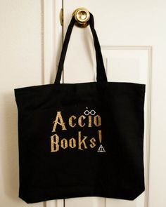 And a tote that's perfect for transporting reading supplies back from the library.