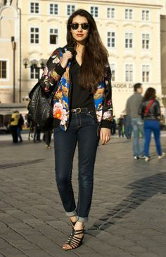 Shop this look on Kaleidoscope (jacket, jeans, sandals, sunglasses)  http://kalei.do/Ws2vPhHTg2v25RIC